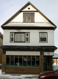 232 Gibson Street: Current home of the Market Bar. Built around 1910