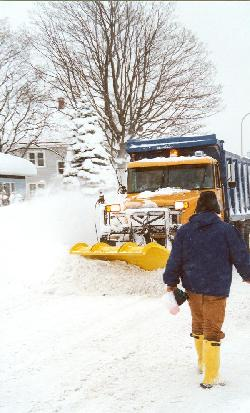 Buffalo plow digs out Abbott Road in South Buffalo during a 2001 storm.