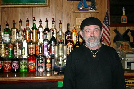 "Eugene ""Geno"" Kiszelewski is known as Polonia�s ""Singing Bartender."""