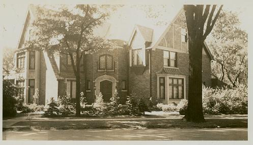 Bayliss-Oshei House, 360 Depew Avenue