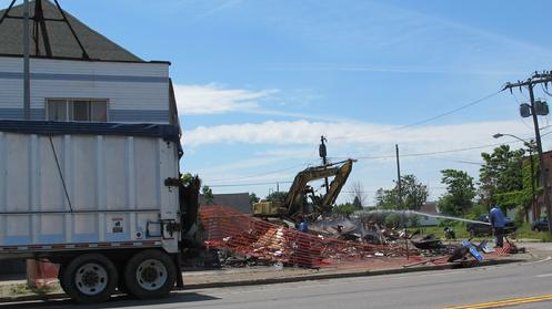 On Friday, June 8th the building that housed the Warsaw Inn was demo'd by the City of Buffalo